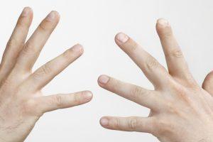 En je verwondert je niet over je tien vingers?