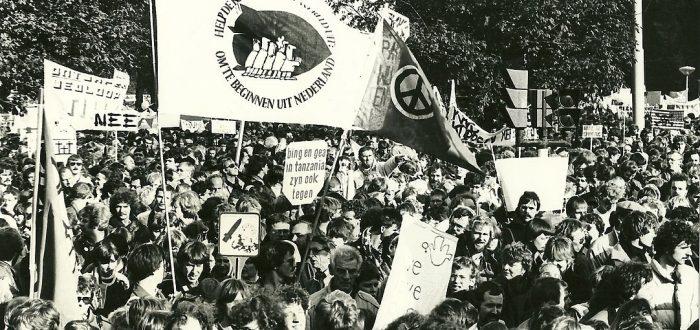 Demonstratie tegen kernwapens op 29-10-1983